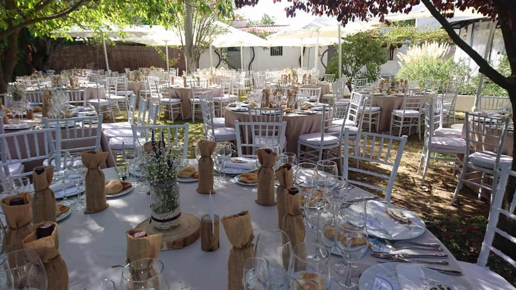 La decoraci n del d a m s importante de tu vida tu boda catering casa andr s - Decoracion bodegas rusticas ...